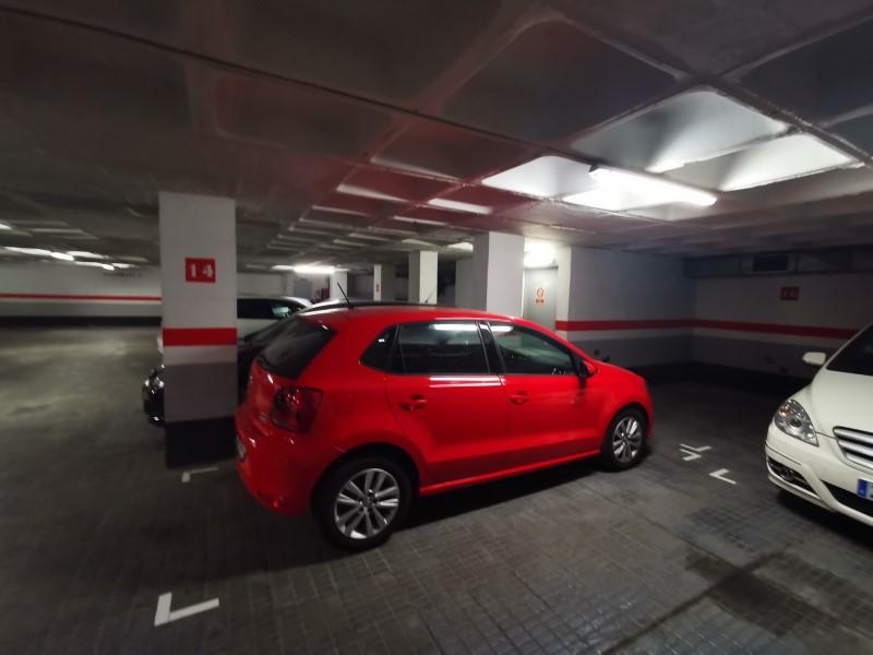 Plaça de parking en venda al carrer Numancia, Les Corts 3