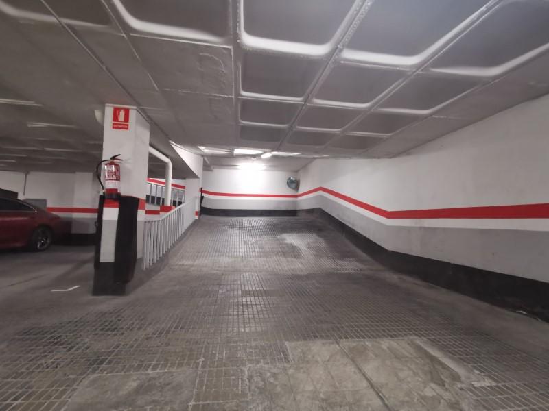 Plaça de parking en venda al carrer Numancia, Les Corts 5