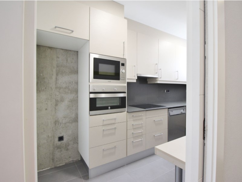 Cozy renovated apartment for sale located in Galileu street 9