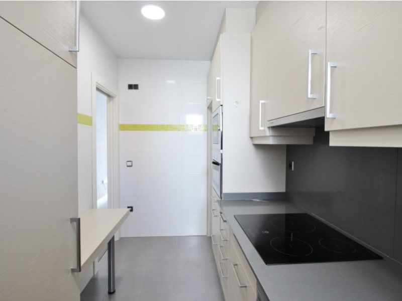 Cozy renovated apartment for sale located in Galileu street 12