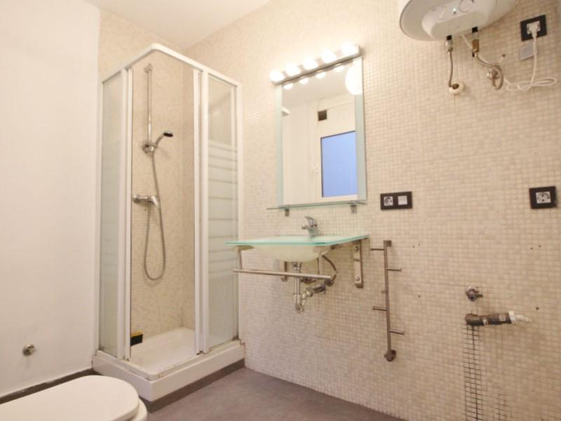 Fantastic apartment for sale located on Entença 22