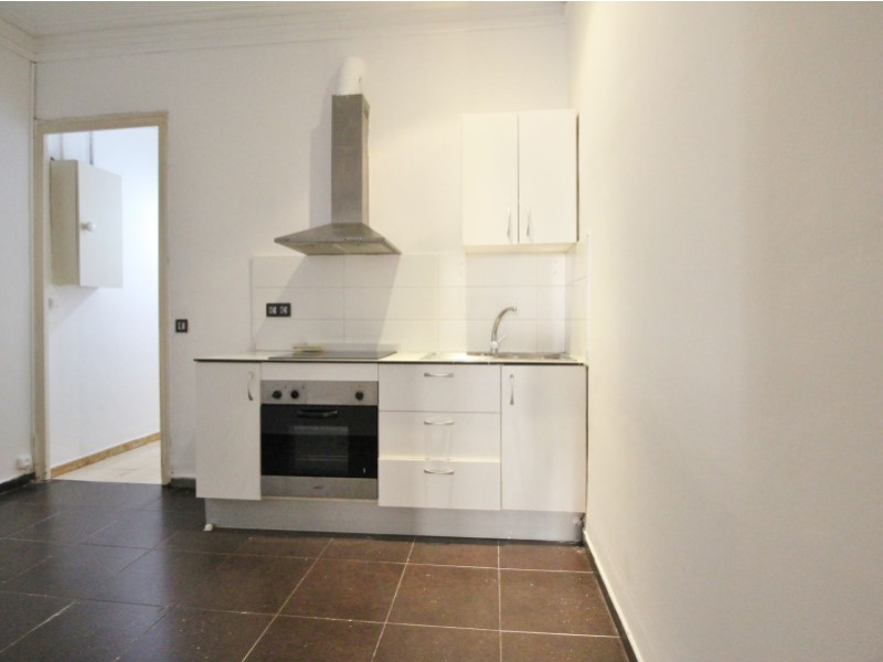 Fantastic apartment for sale located on Entença 14