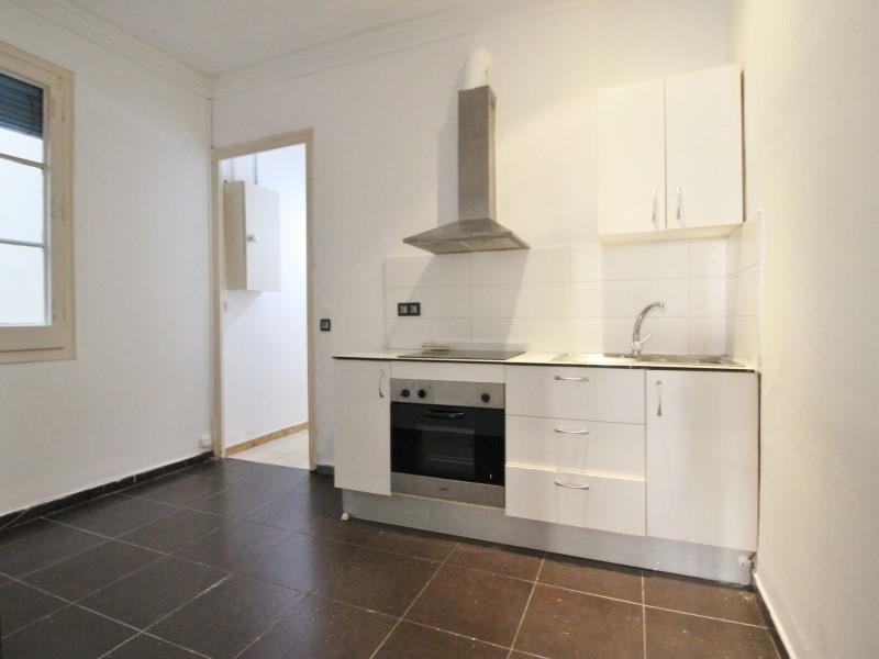 Fantastic apartment for sale located on Entença 11