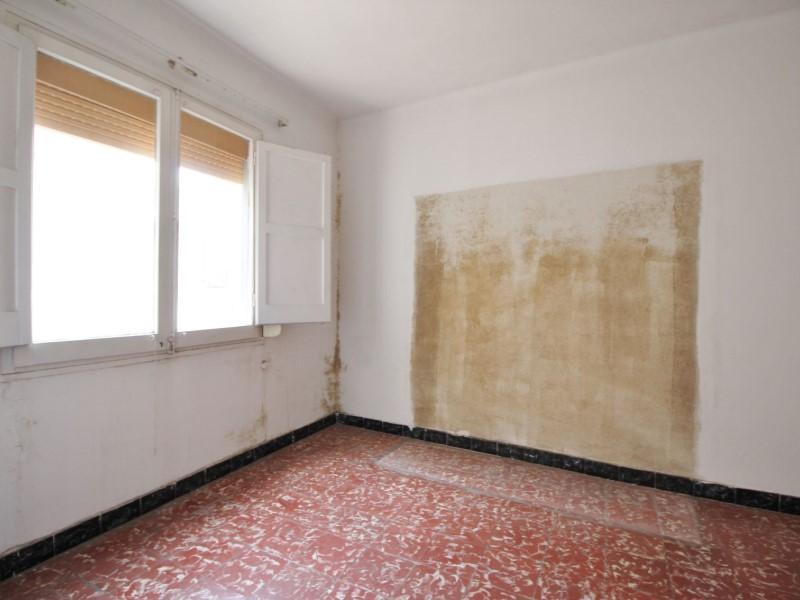 Àtic en venda per a reformar situat al carrer Noguera Pallaresa 5