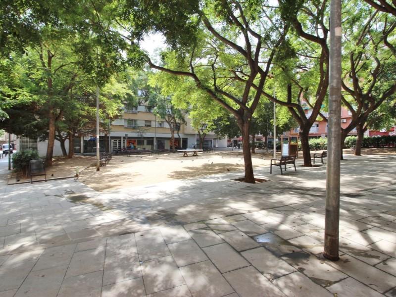 Àtic en venda per a reformar situat al carrer Noguera Pallaresa 19