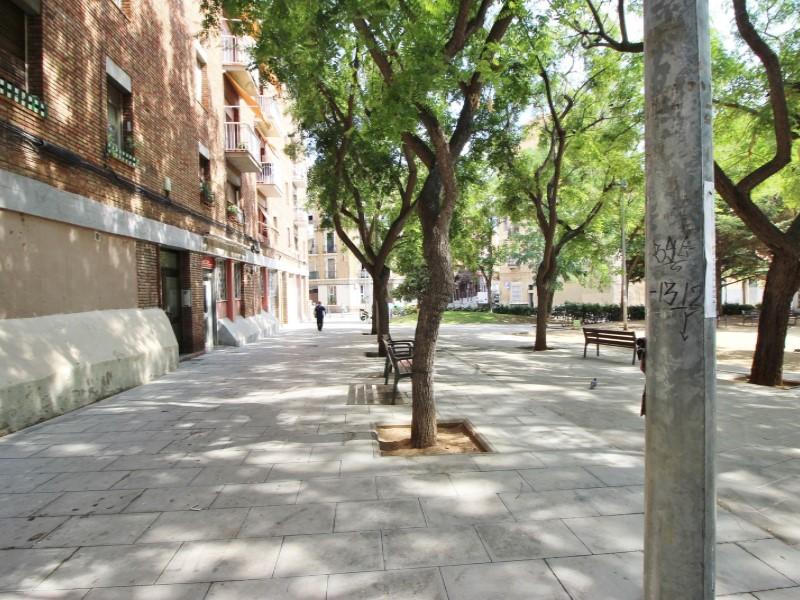 Àtic en venda per a reformar situat al carrer Noguera Pallaresa 20