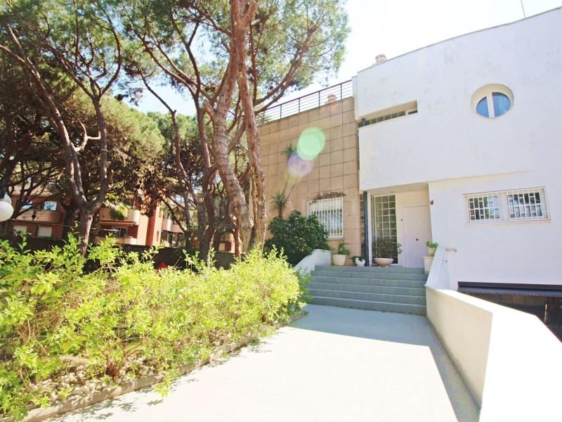 Casa adossada a l'avinguda Europa a Gavà Mar. Província de Barcelona 15