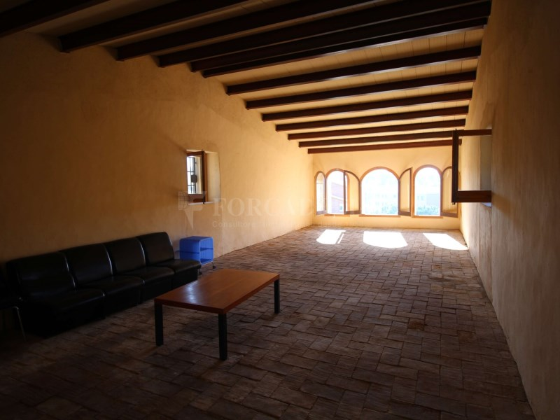 Masia en venda a Can Roca, Castelldefels. Barcelona. 23