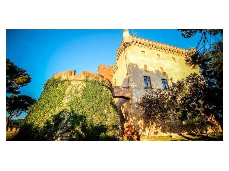 Masia en venda a Can Roca, Castelldefels. Barcelona. 31