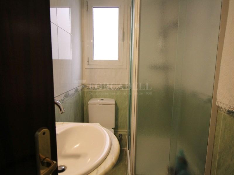Casa en venda al centre de Sant Boi, Barcelona. 27