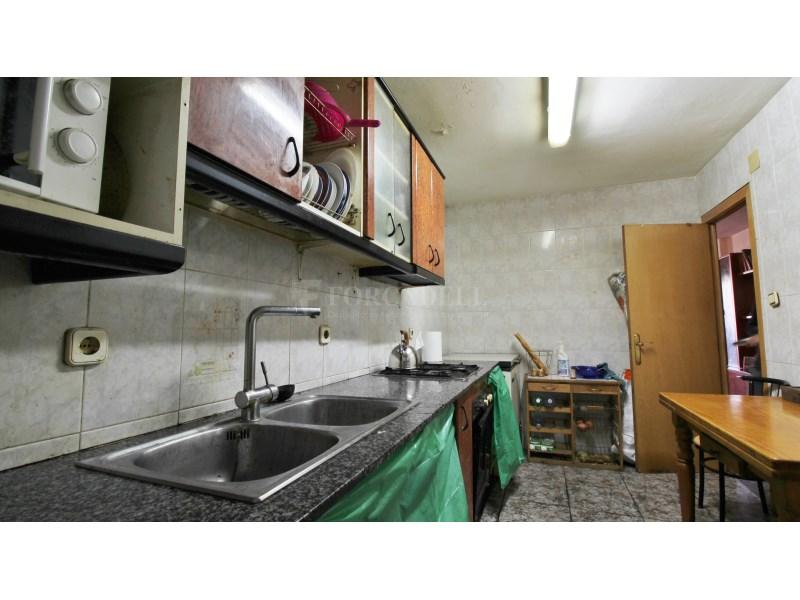 Piso para actualizar en zona muy céntrica del Prat de Llobregat 10