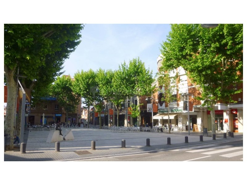 Piso para actualizar en zona muy céntrica del Prat de Llobregat 24