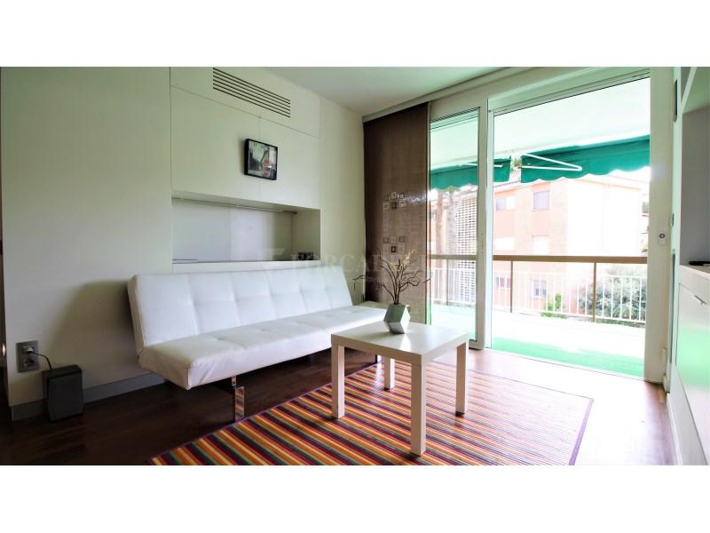 Fantástico piso de 3 habitaciones con piscina, parking y trastero en Gavà 7