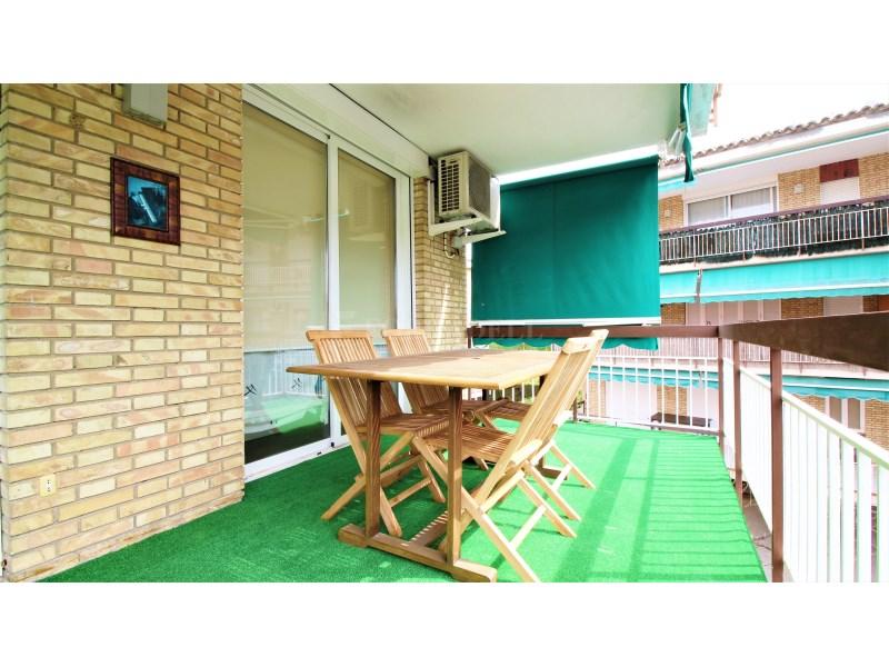Fantástico piso de 3 habitaciones con piscina, parking y trastero en Gavà 18