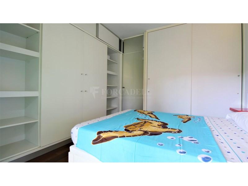 Fantástico piso de 3 habitaciones con piscina, parking y trastero en Gavà 24
