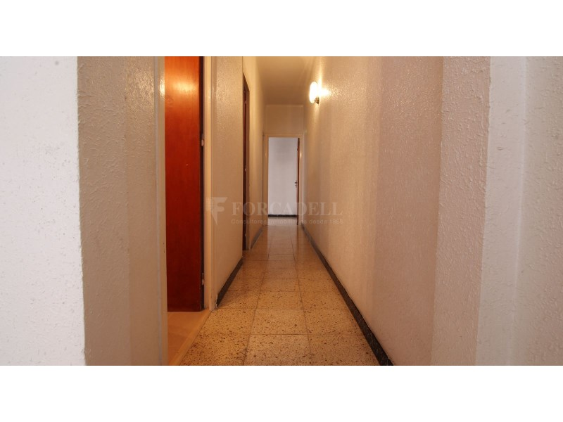 Pis de 3 habitacions a la venda al carrer Mediterrani 14