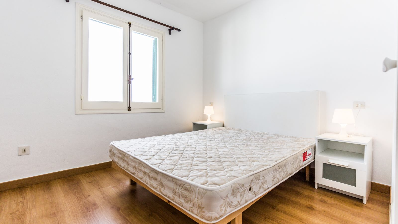 Appartement à Arenal d'en Castell Ref: M8495 6
