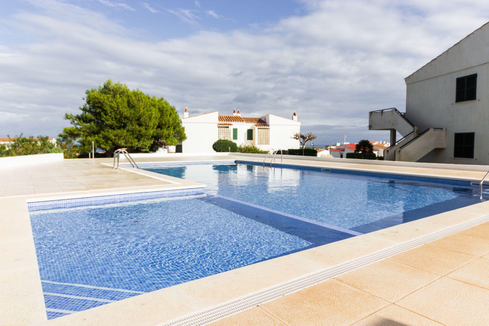 Appartement à Arenal d'en Castell Ref: M8495 13
