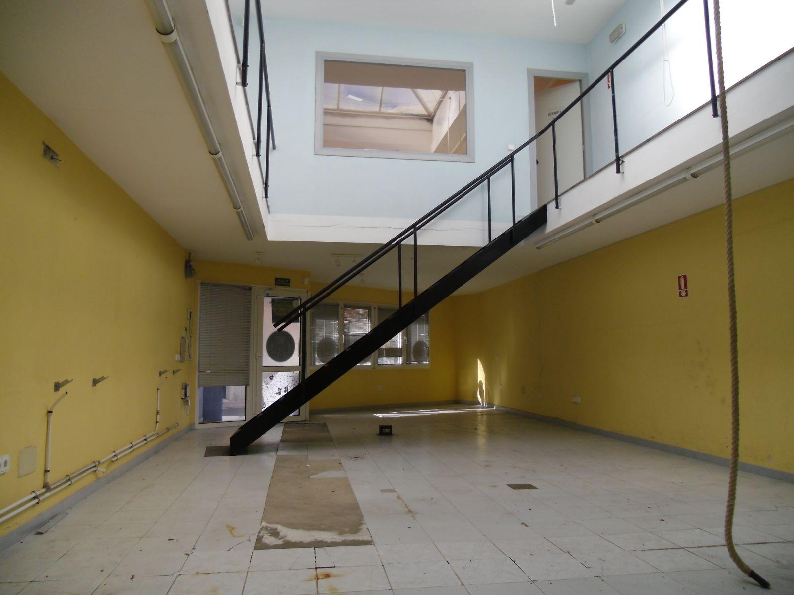 Commercial in Ciutadella Ref: M8537 4