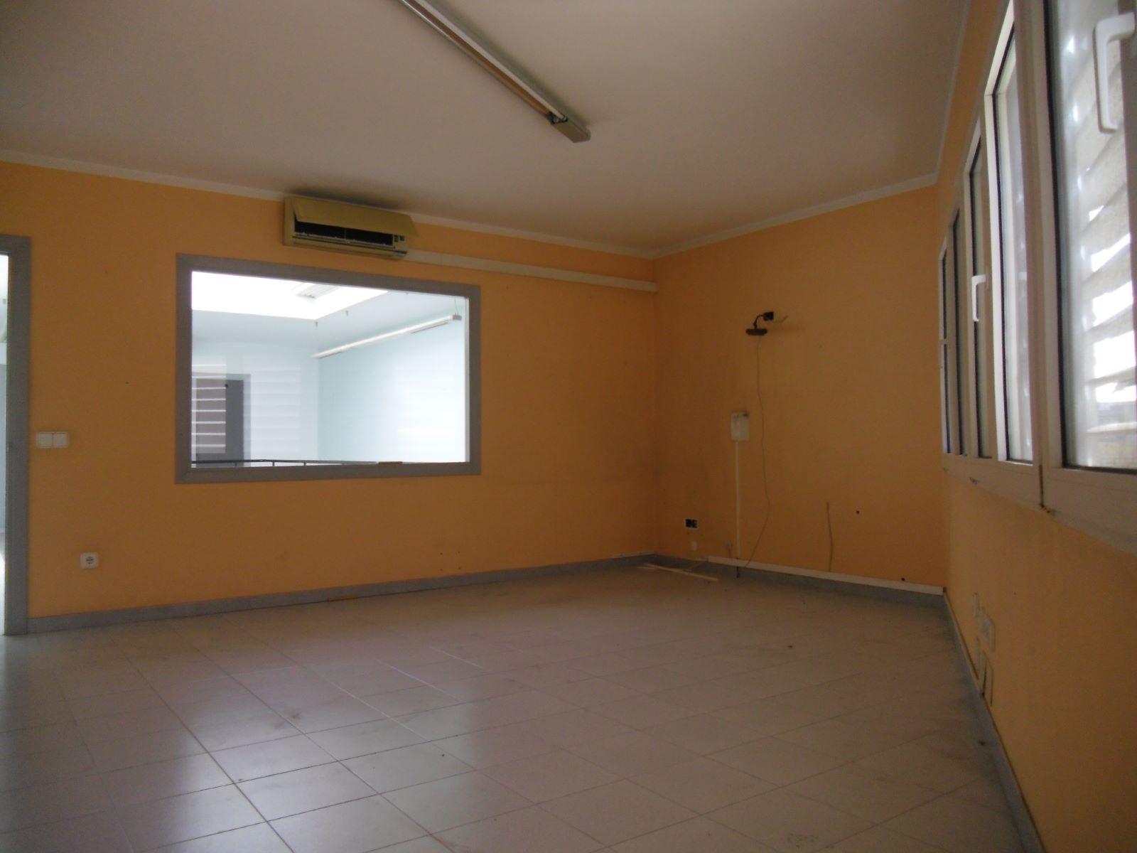 Commercial in Ciutadella Ref: M8537 7