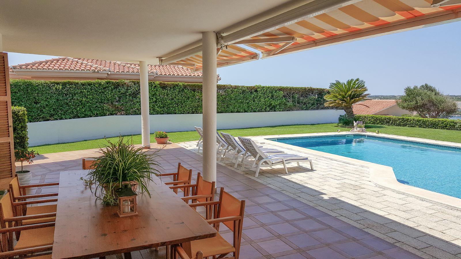Villa in Cala Llonga Ref: M8571 8