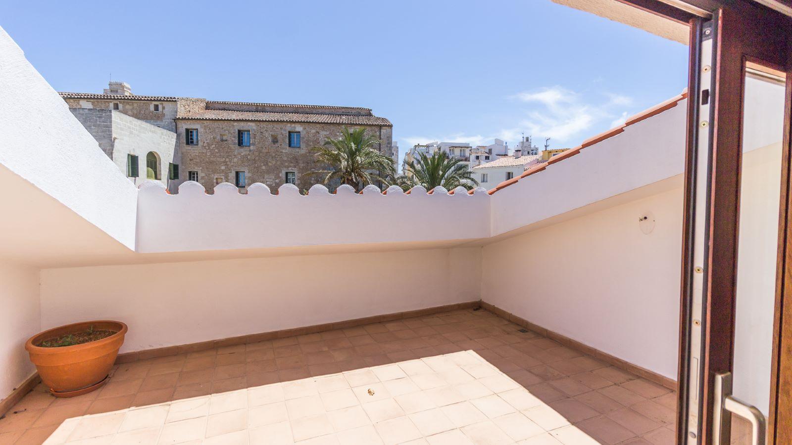 House in Mahón Ref: M8603 21