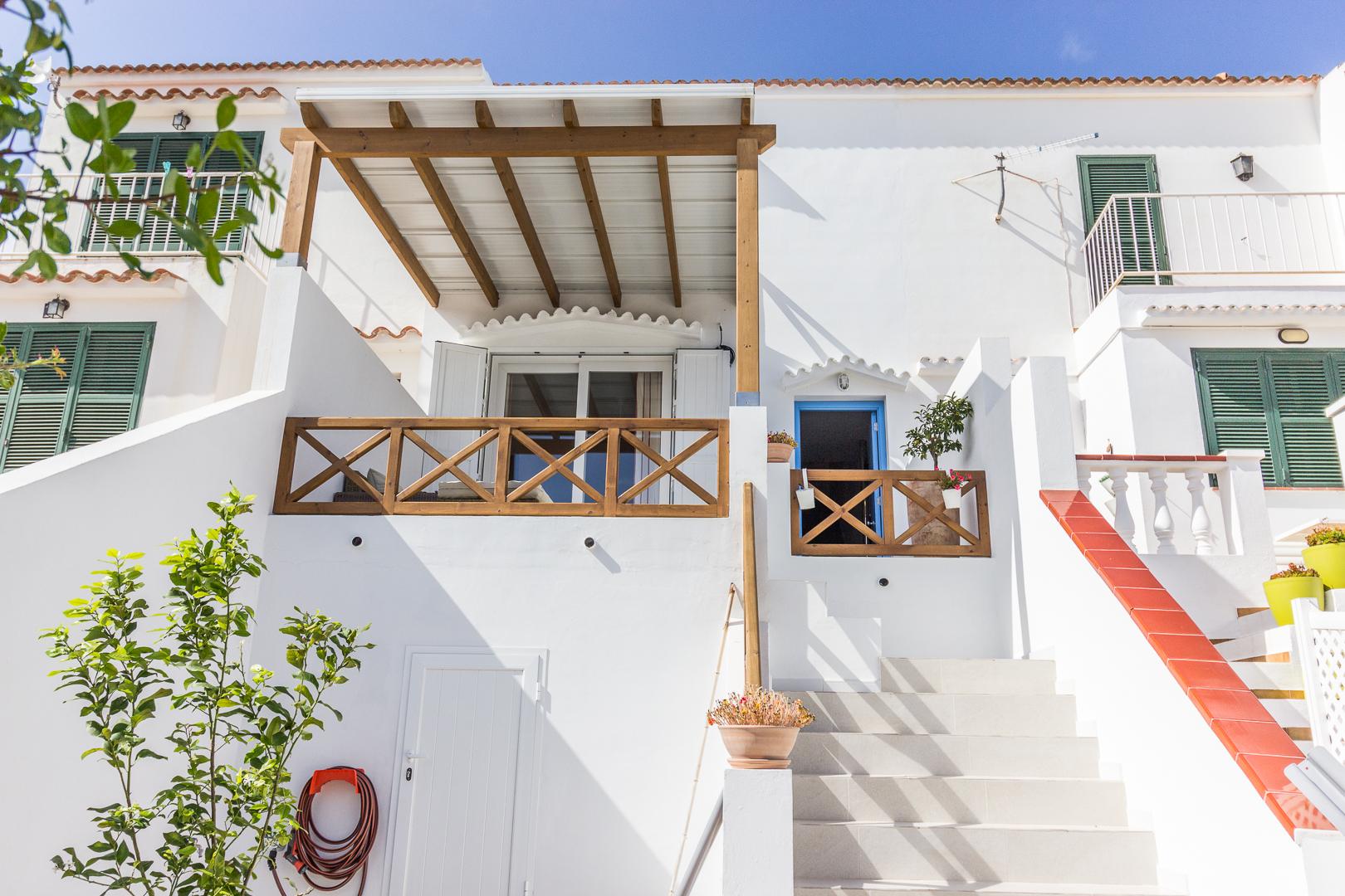 Villa in Cala Galdana Ref: M8689 1