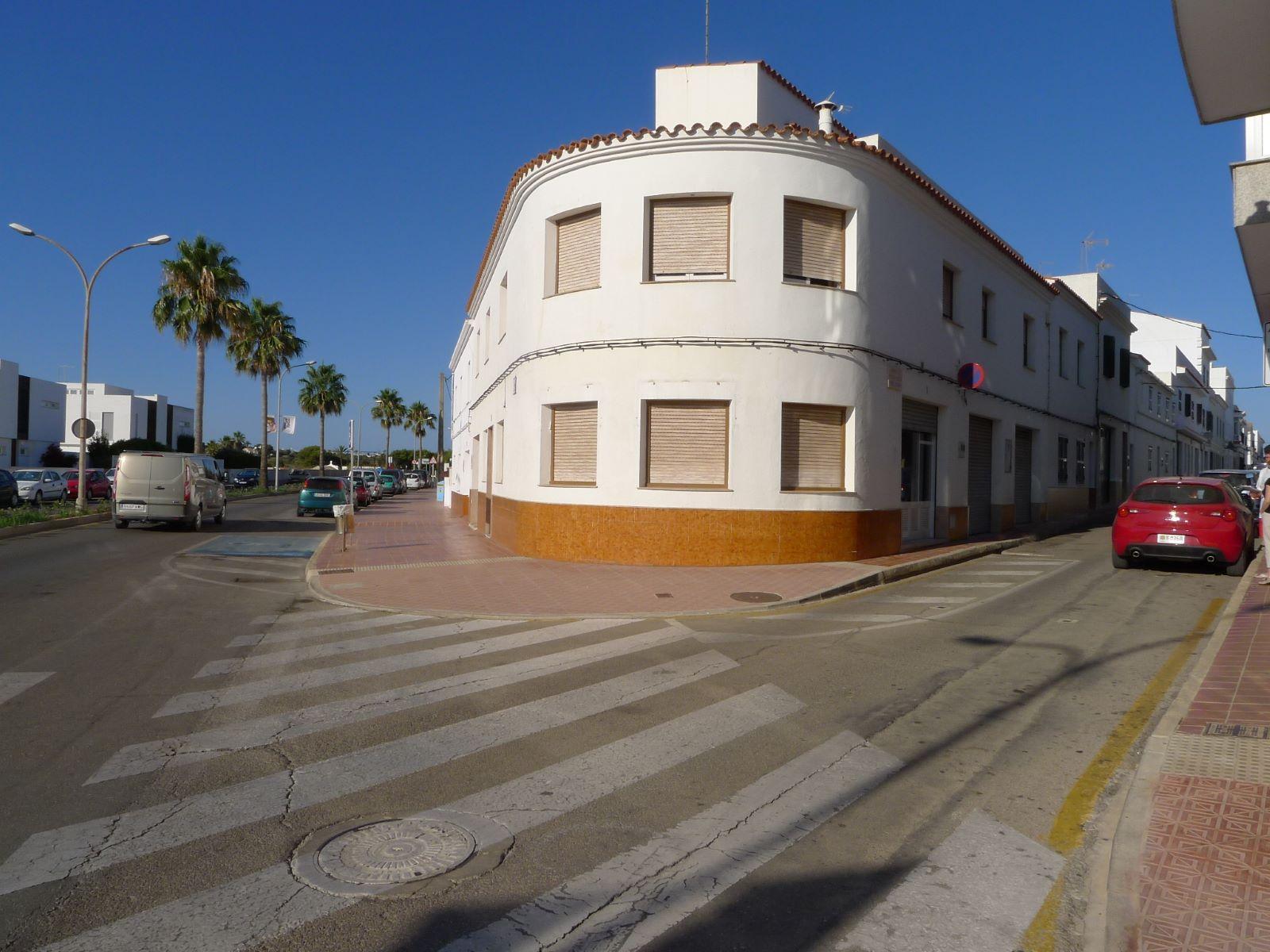 Local comercial en Sant Lluís Ref: M7412 1