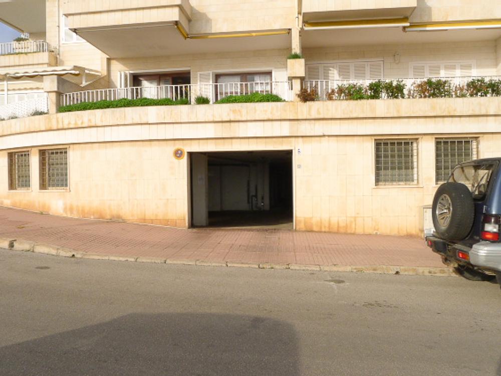 Garage in Mahón Ref: M6179 1