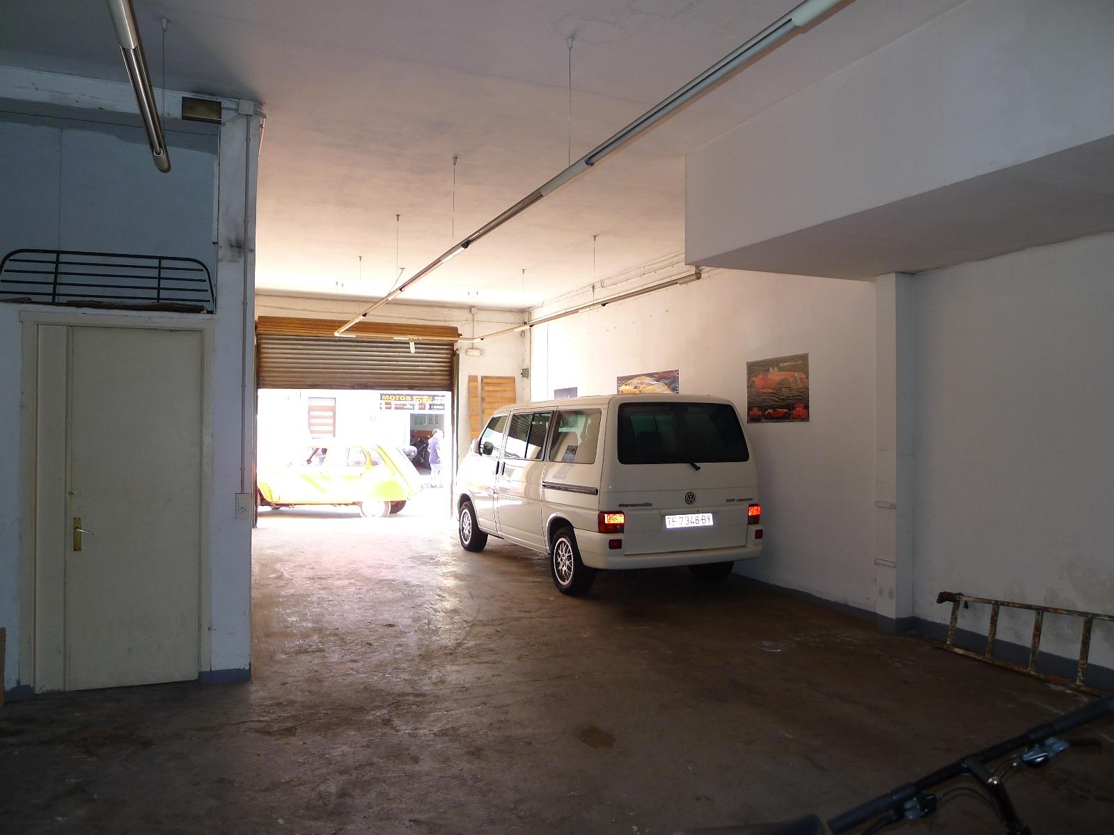 Garage in Mahón Ref: M7008 3