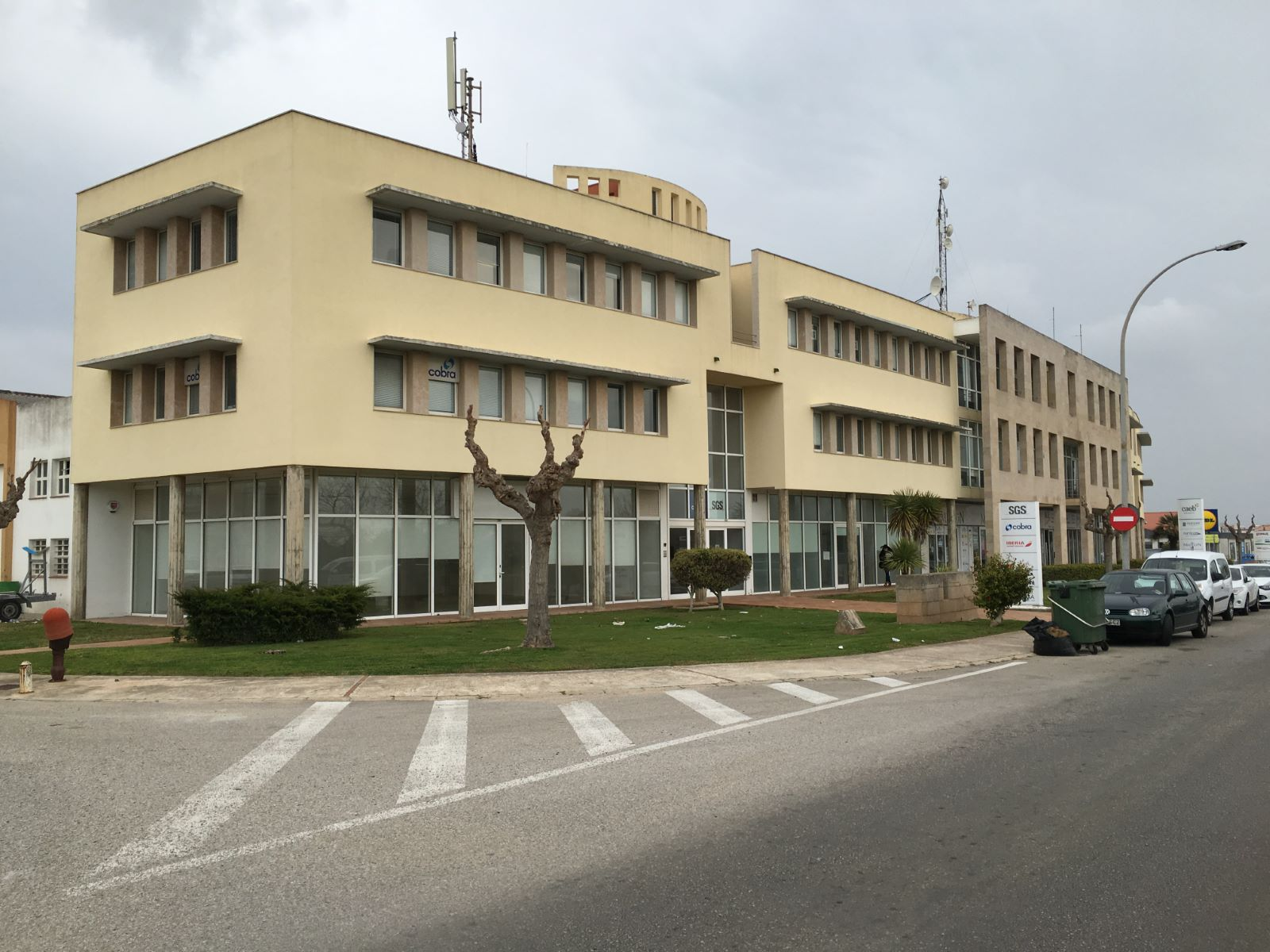 Local comercial en Zona Poligono (Poima) Ref: M7848 1