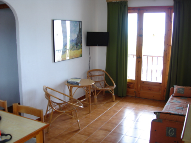 Apartment in Arenal d'en Castell Ref: M7892 5