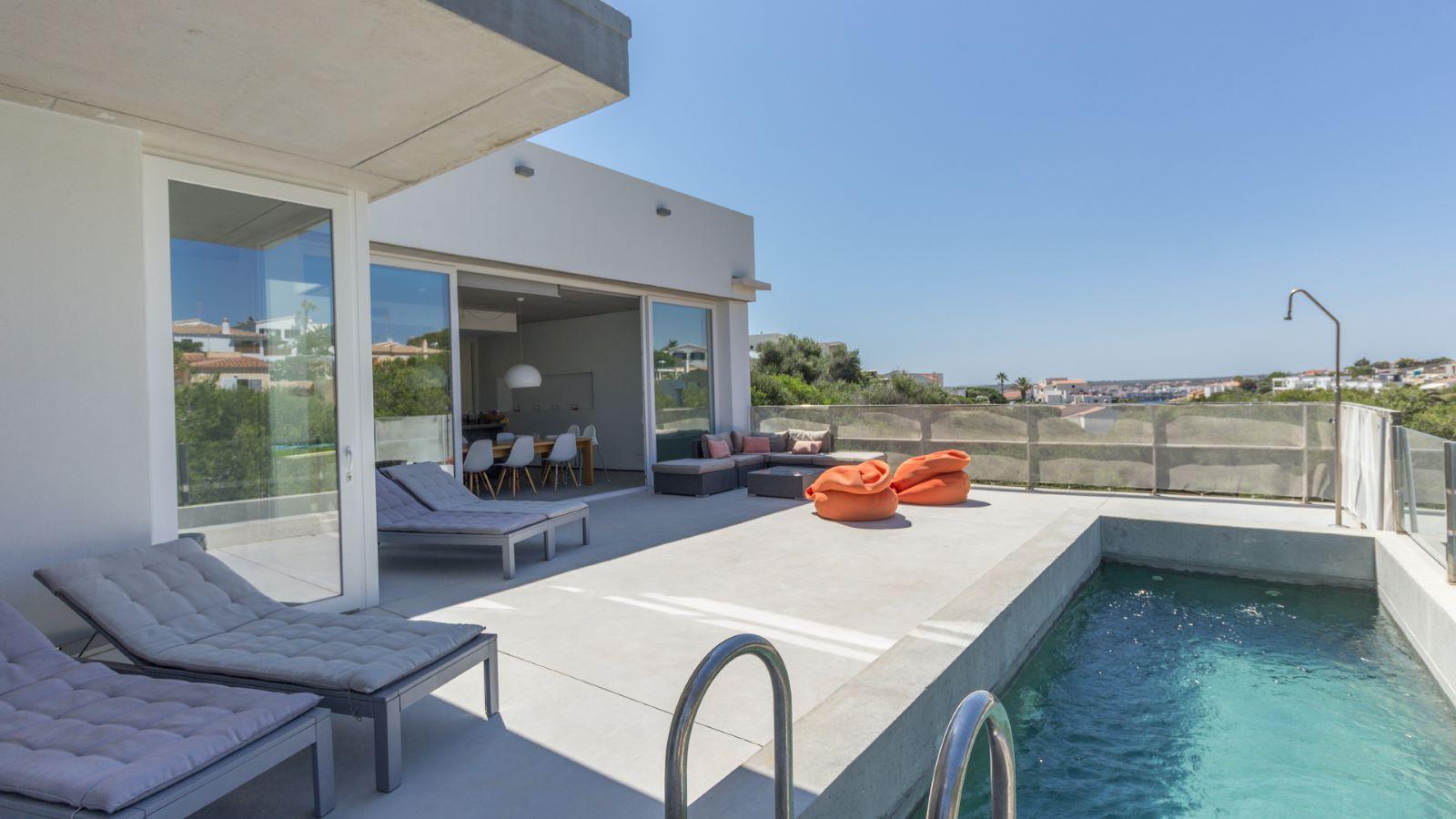 Villa in Cala Llonga Ref: M7964 11