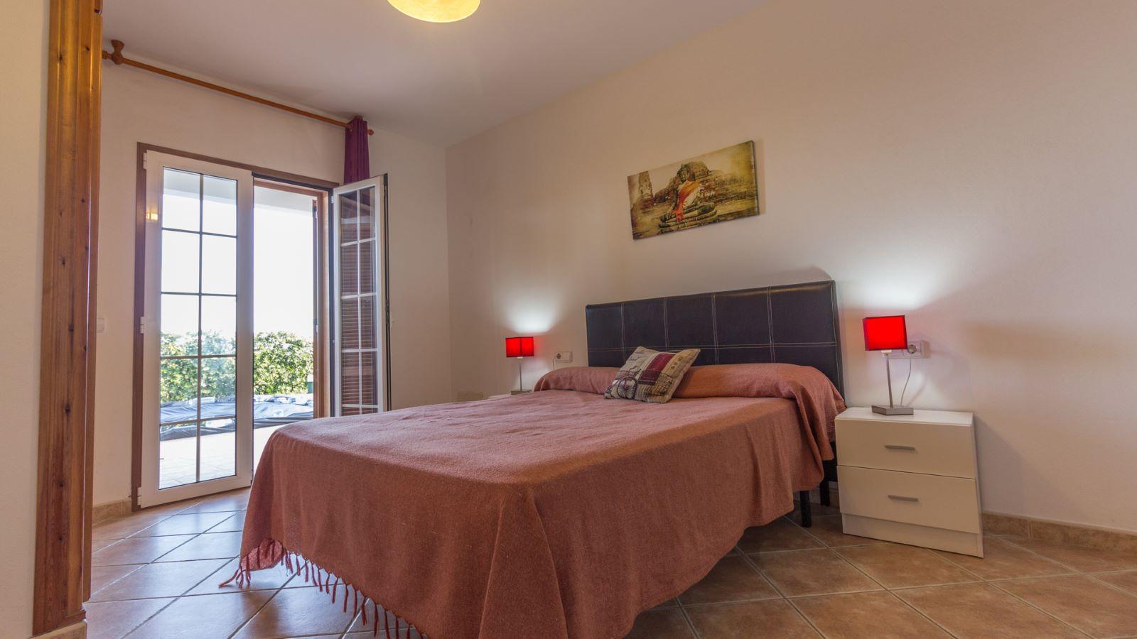 Villa in Arenal d'en Castell Ref: M8038 10