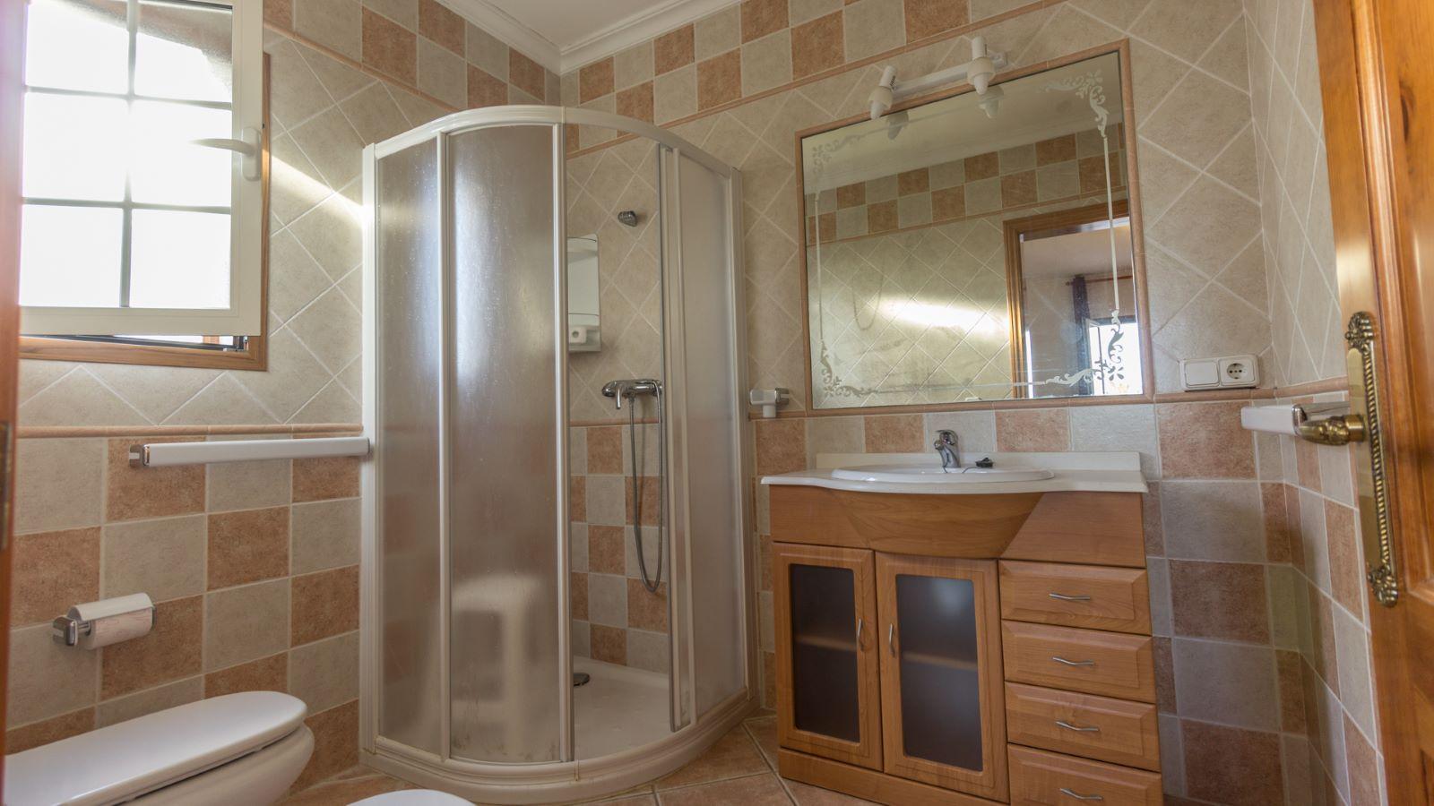 Villa in Arenal d'en Castell Ref: M8038 11