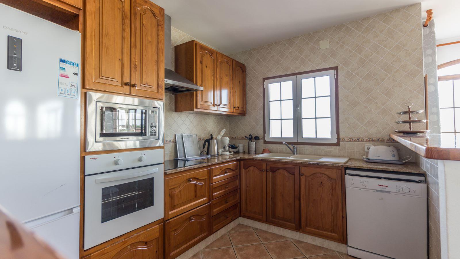 Villa in Arenal d'en Castell Ref: M8038 6