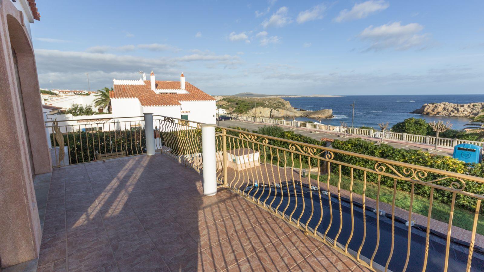 Villa in Arenal d'en Castell Ref: M8038 8
