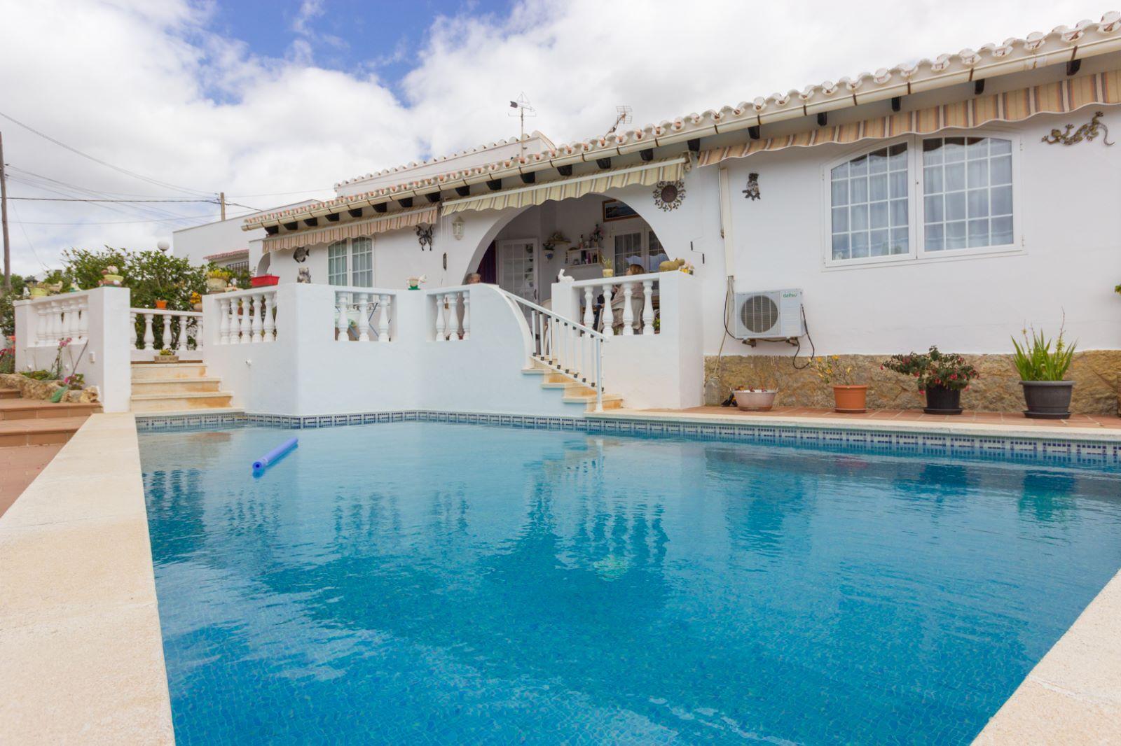 Villa in Cala'n Porter Ref: M8159 1