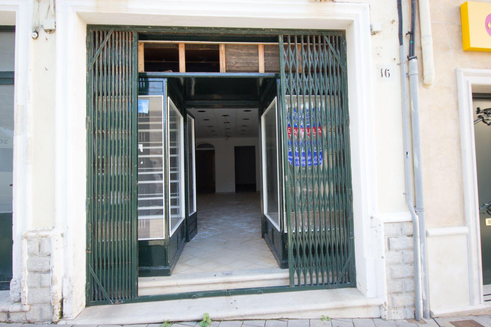 Local comercial en Zona Centro Ref: M8219 3