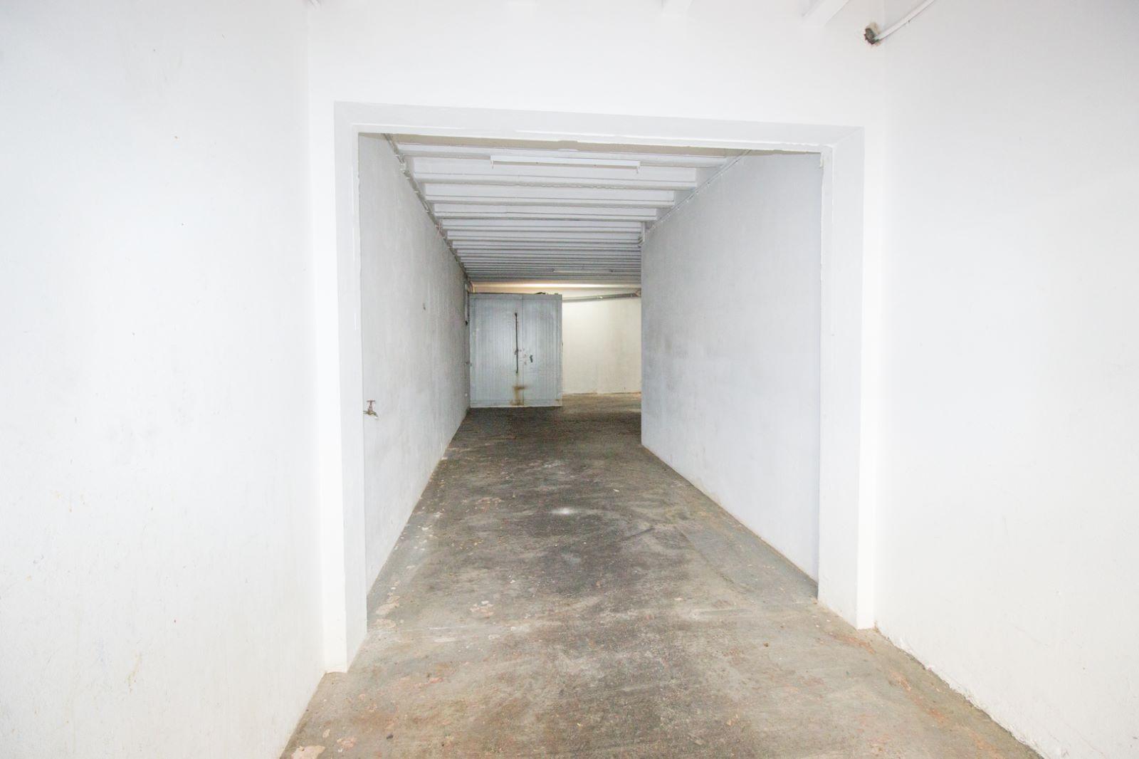 Garage in Mahón Ref: M8222 2