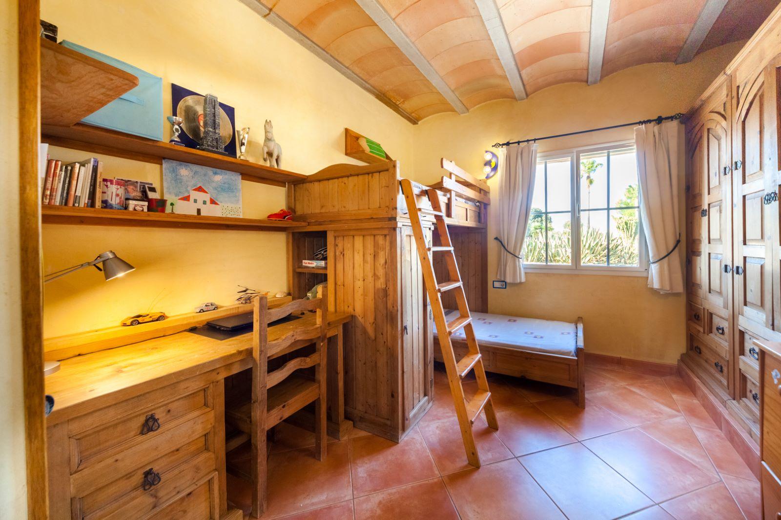 Casa de campo en Pou Nou Ref: M8340 16