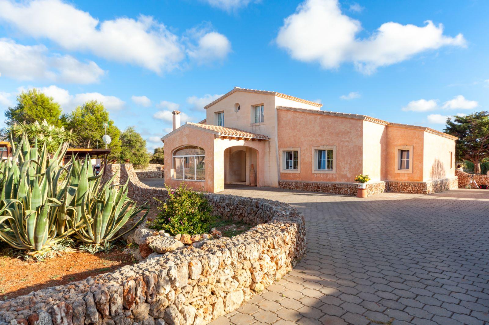 Country house in Pou Nou Ref: M8340 36