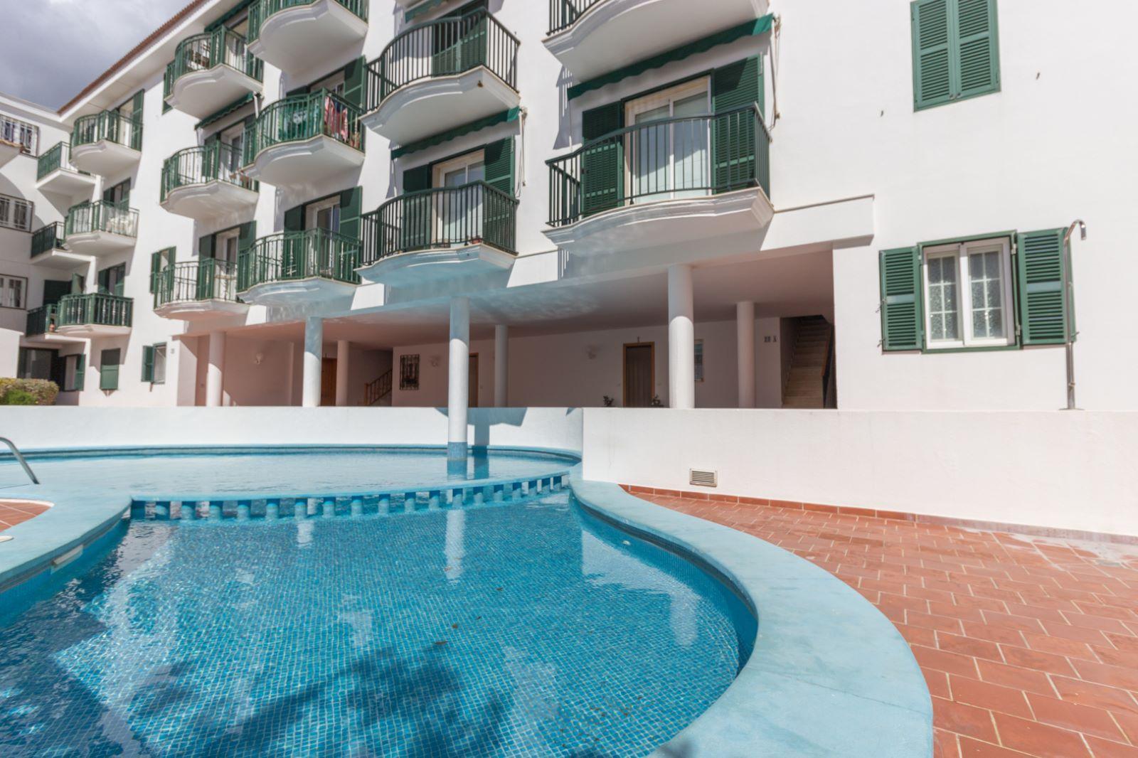 Wohnung in Es Castell Ref: M8345 13