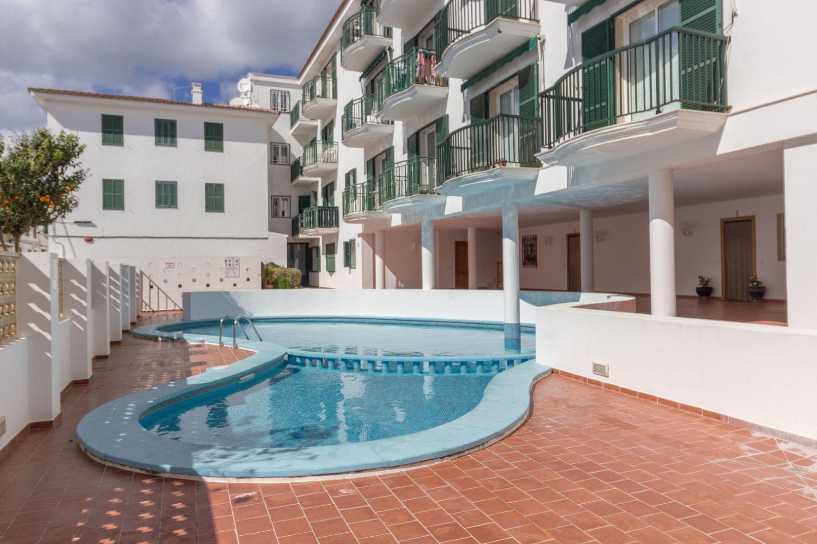 Wohnung in Es Castell Ref: M8345 14