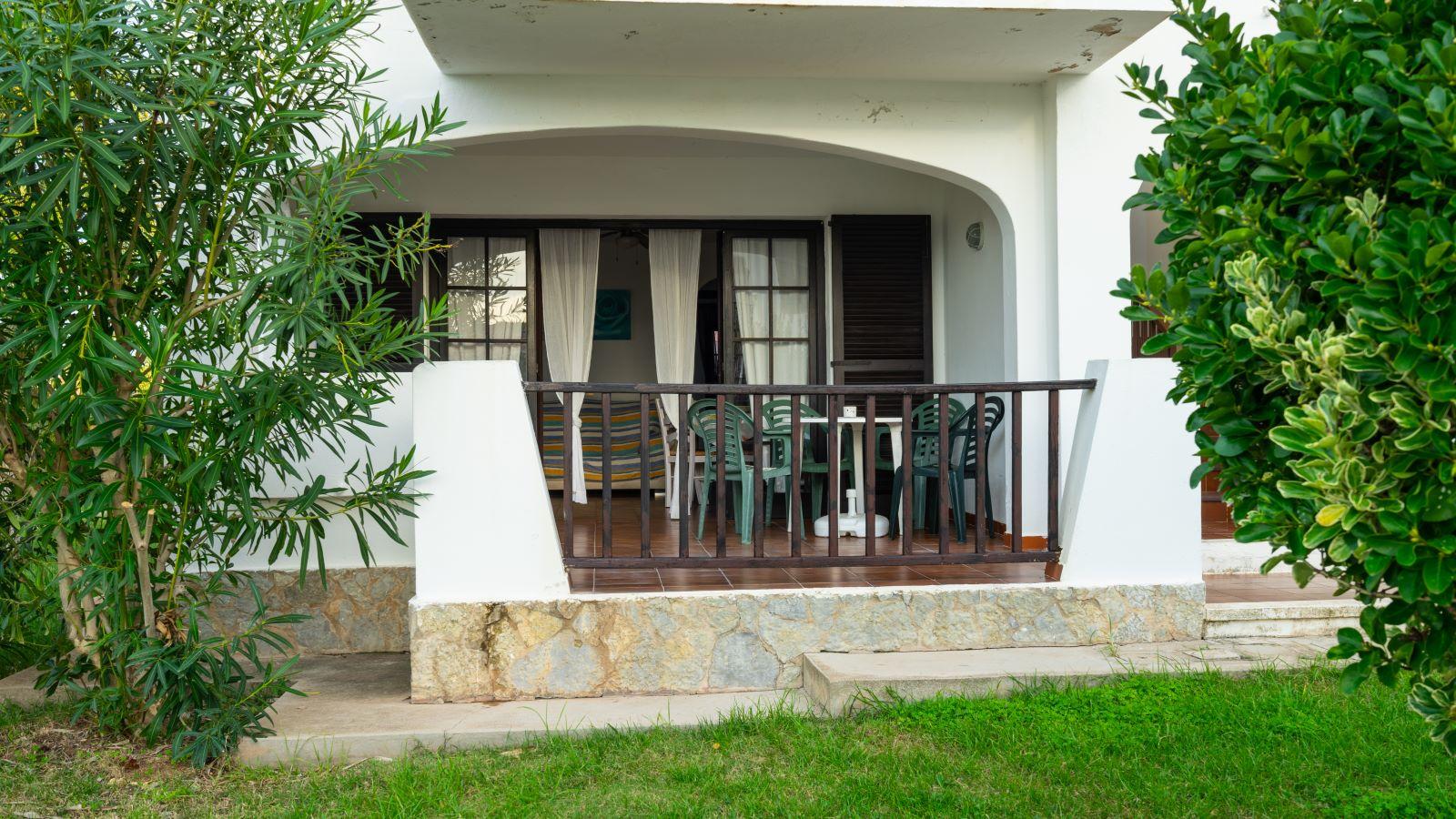 Apartment in Cala'n Porter Ref: V2679 9