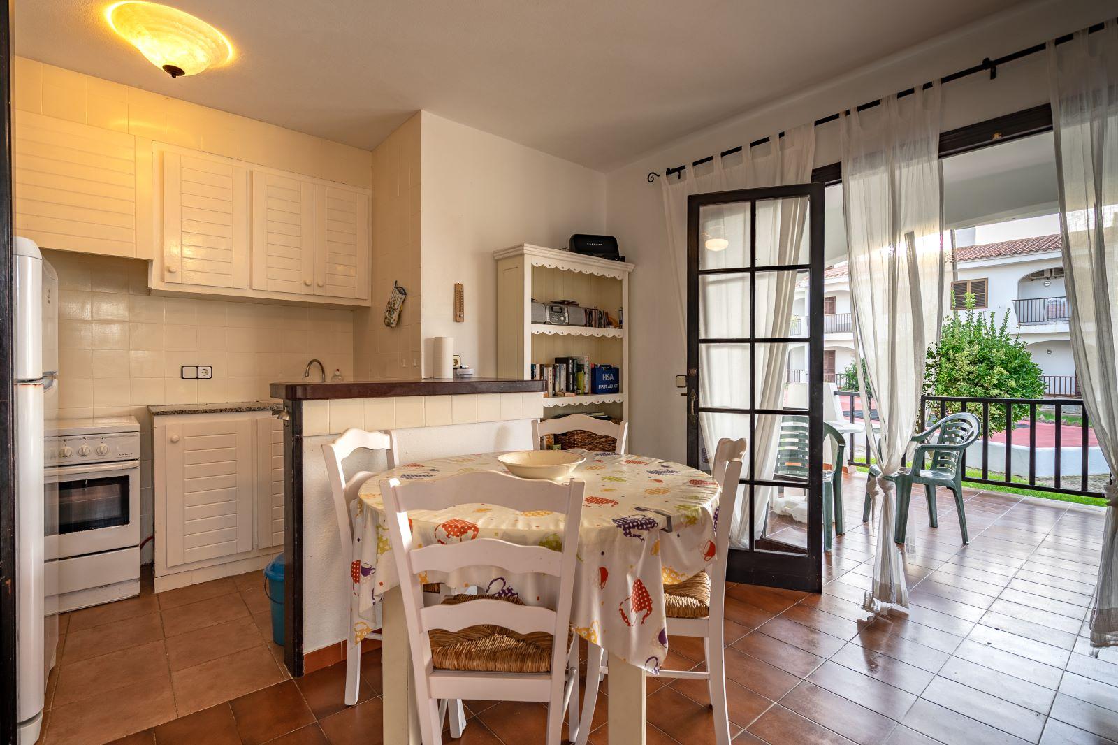 Apartment in Cala'n Porter Ref: V2679 10