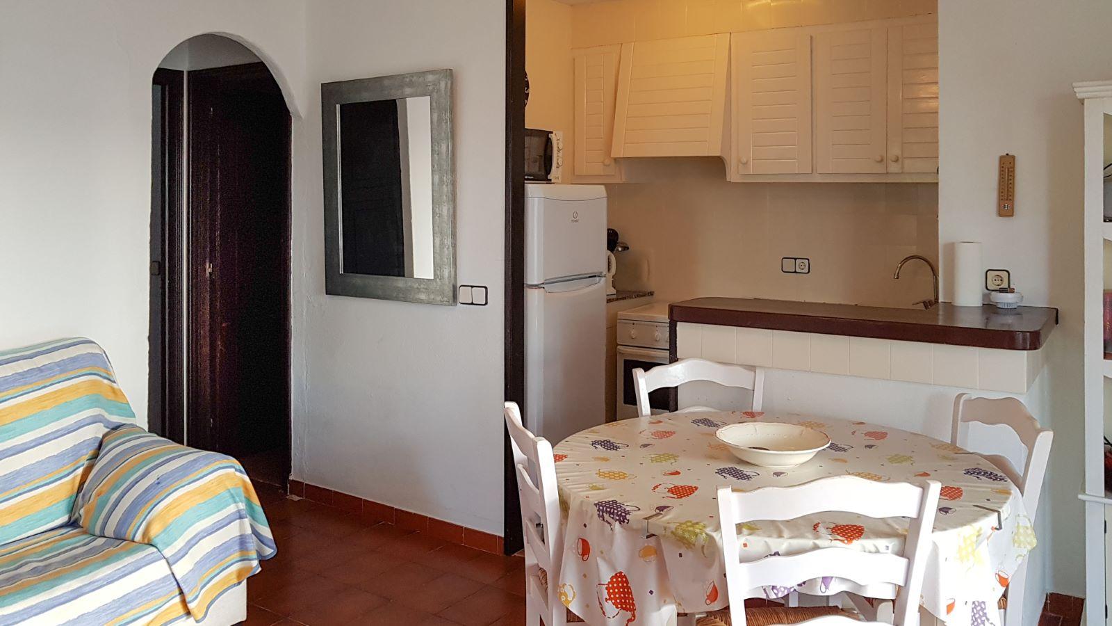 Apartment in Cala'n Porter Ref: V2679 13