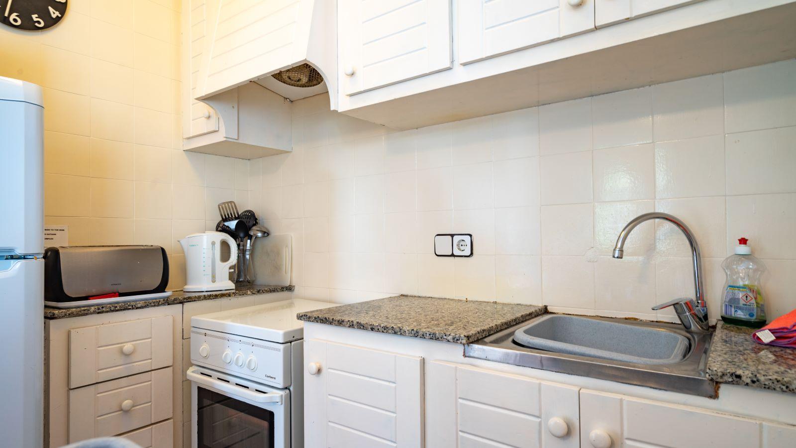 Apartment in Cala'n Porter Ref: V2679 15