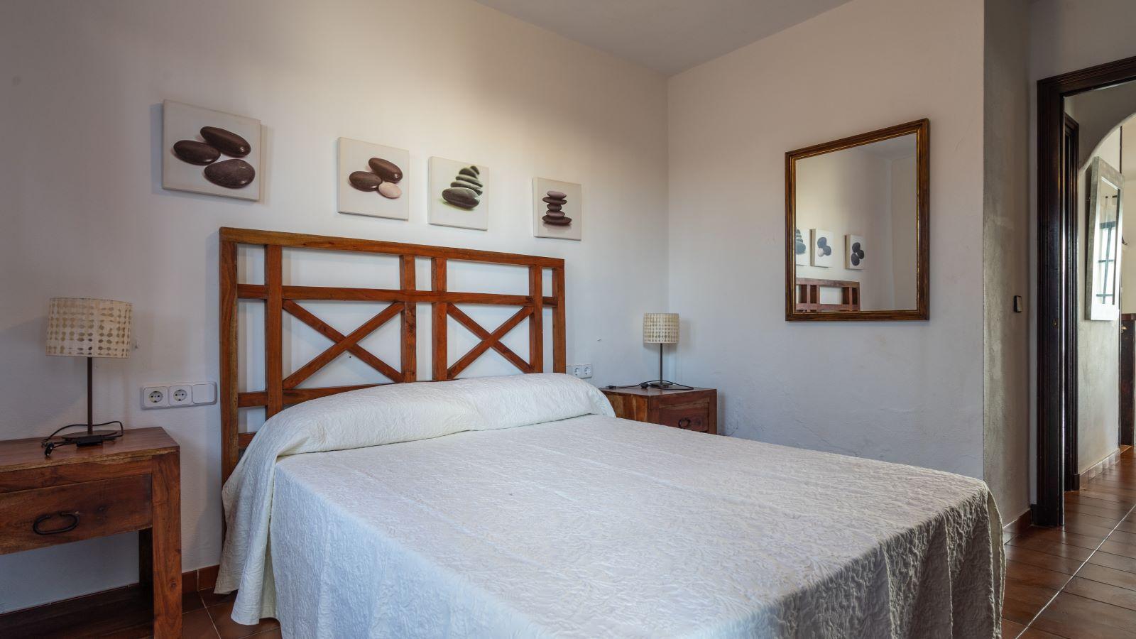 Apartment in Cala'n Porter Ref: V2679 16