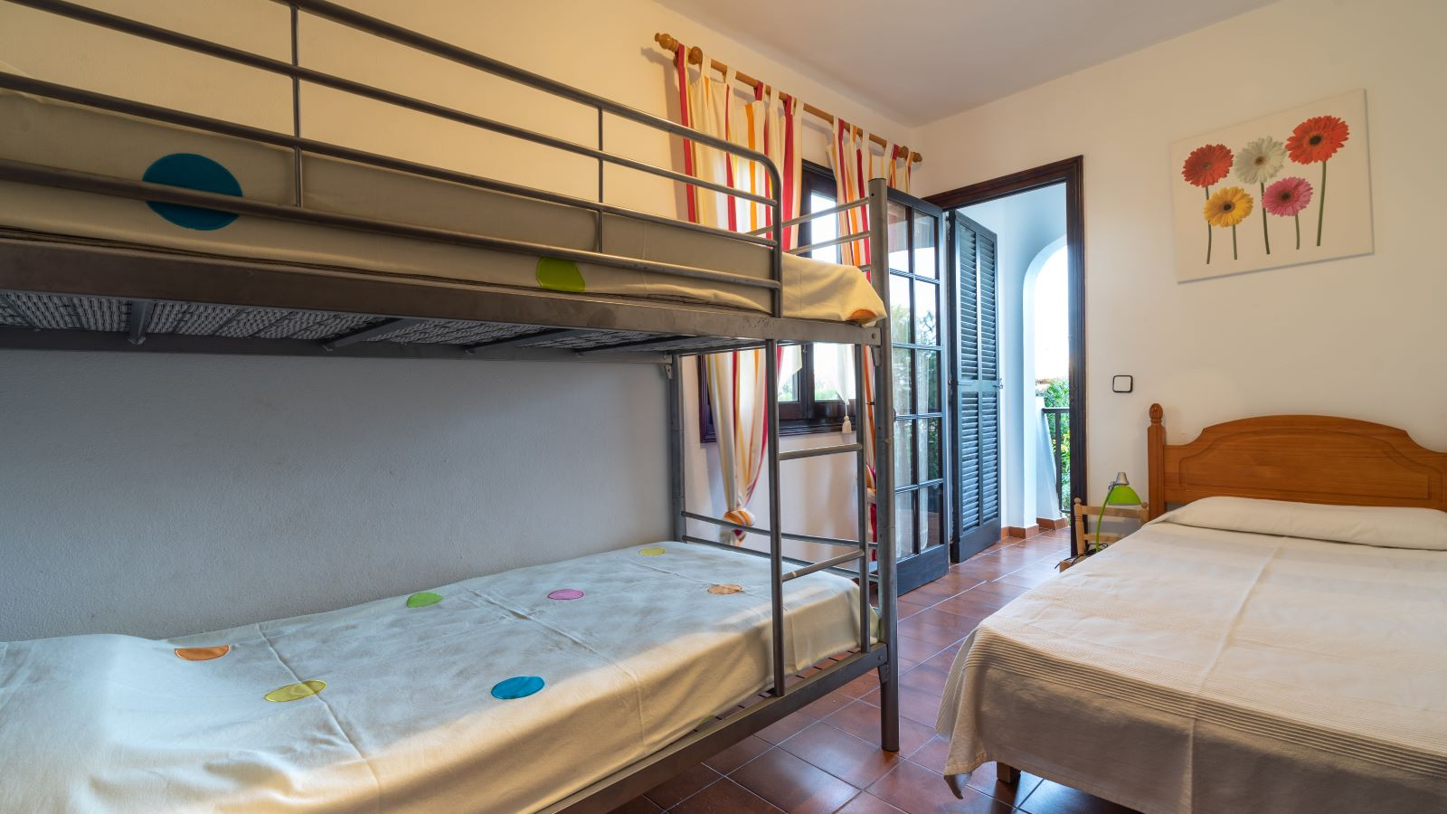 Apartment in Cala'n Porter Ref: V2679 18